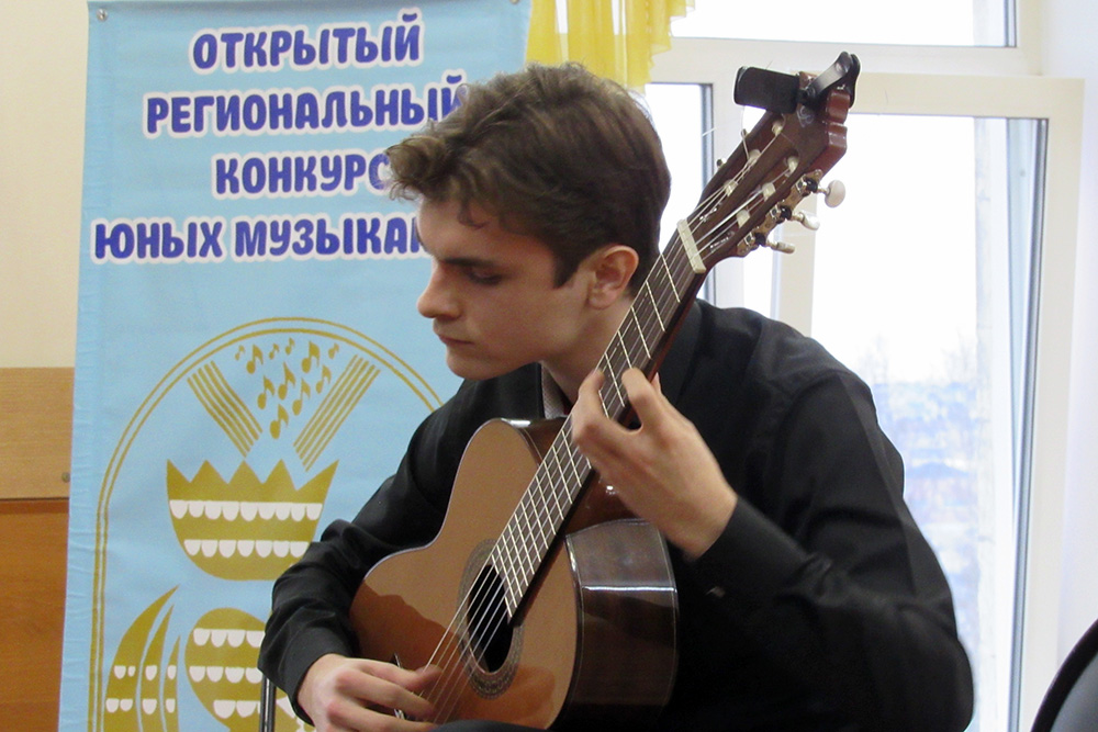 Н.Сурженко