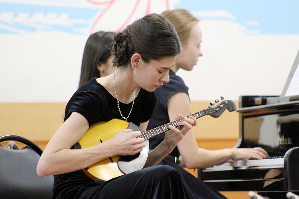Е.Денисова и О.Щипицына