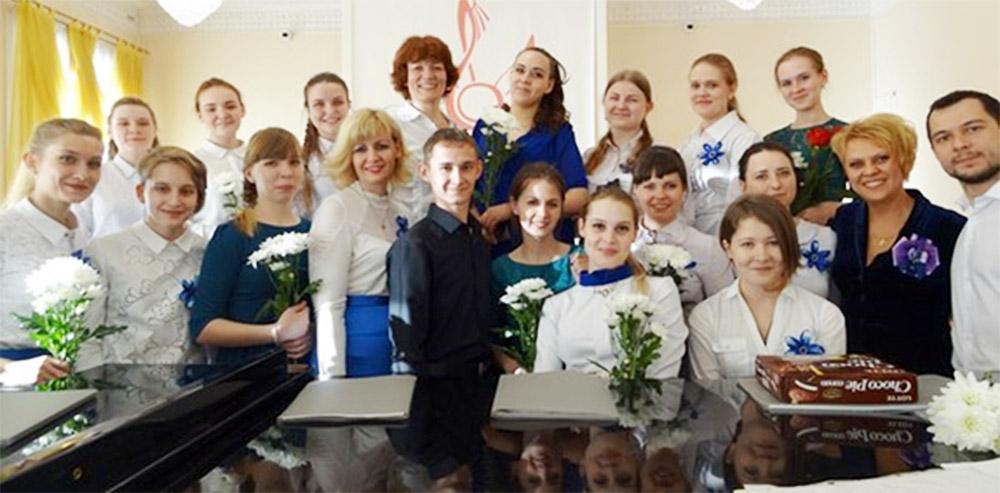 Женский хор Братского музыкального училища