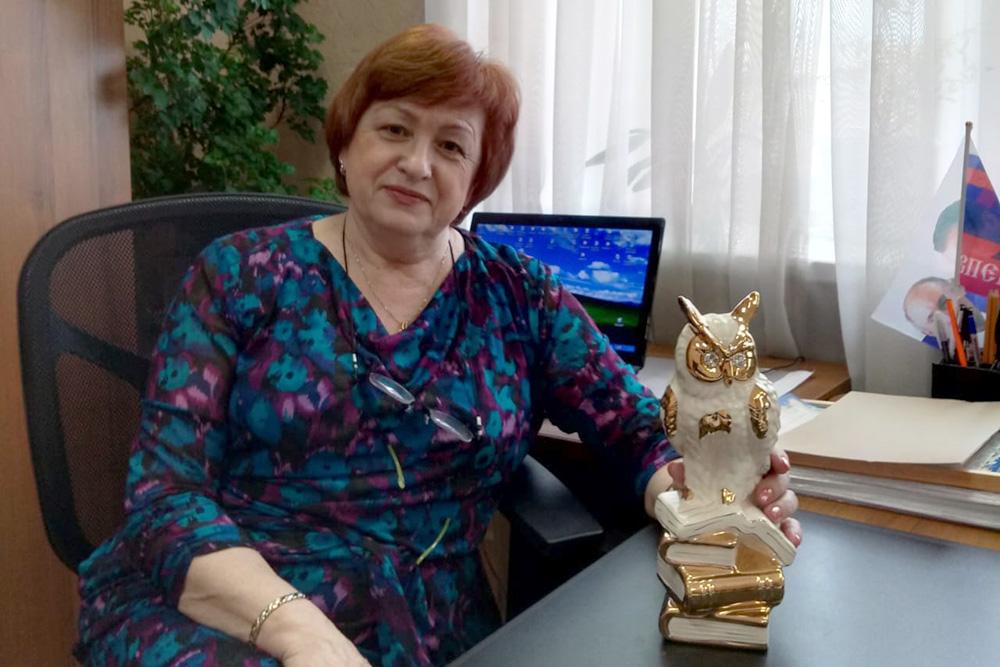 Поздравляет Любовь Владимировна Корчагина